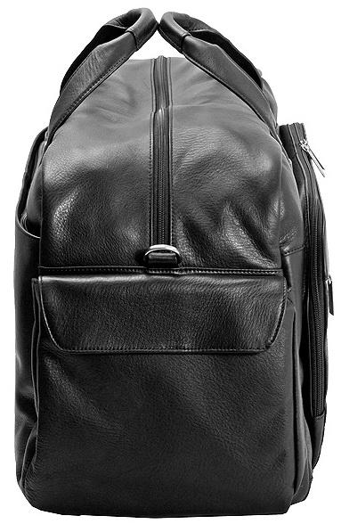Дорожная сумка со съемным плечевым ремнем.